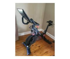 2 years old Peloton stationary bike for Sale